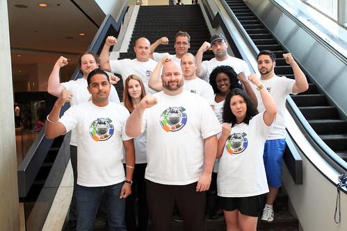 Youth Committee Posing & Cheering on Staircase / Comité des jeunes posant et applaudissant dans l'escalier