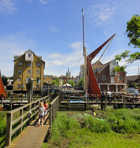 Faversham Creek - May 2013 - Kids Off to Church | by Gareth1953 All Right Now