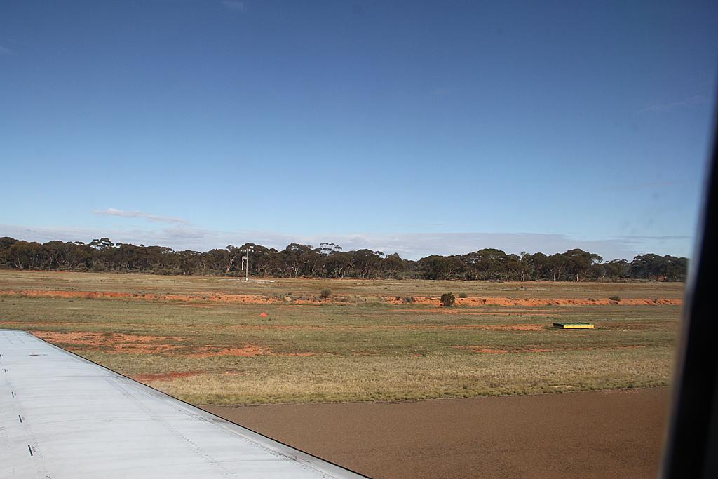 Qantaslink717-23S-VH-NXE-39
