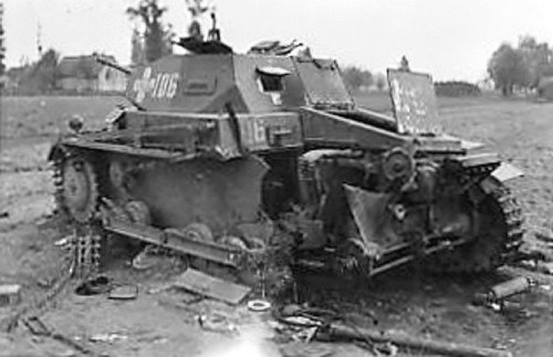 förstört och striden skadade AFV photos_1_9