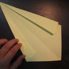 วิธีการพับกระดาษเป็นรูปหงส์ 003