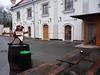 Posezení před pivovarskou restaurací v Úněticích, foto: Petr Nejedlý