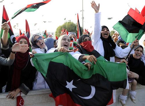 圖01阿拉伯之春引發第3波民主化浪潮