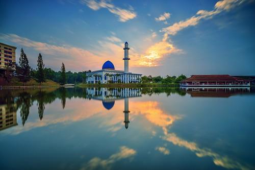 morning sunset sky lake reflection clouds sunrise dawn mirror day cloudy mosque lee tamron bangi tasik uniten d600 gnd bigstopper ariefrasa