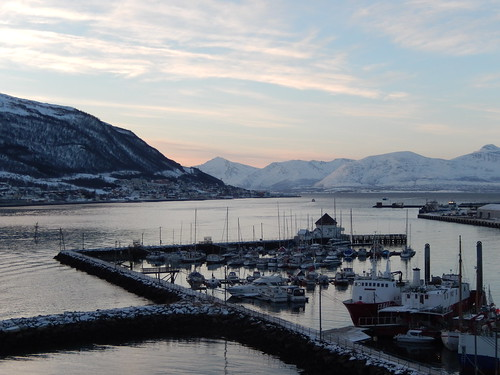 04 - Tromso - haven vanaf de brug