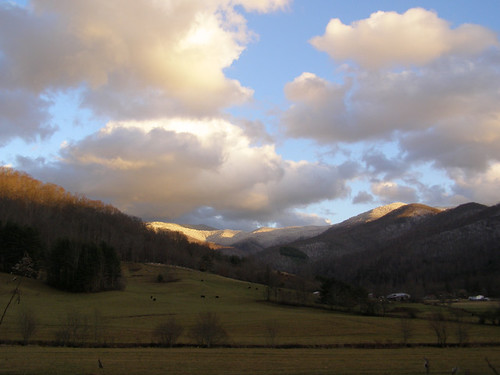snow bigivy nc mountains wnc blueridgeparkway valley dillingham light cumulus