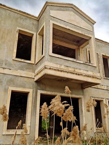 Deserted Venetian houses | by VillaRhapsody