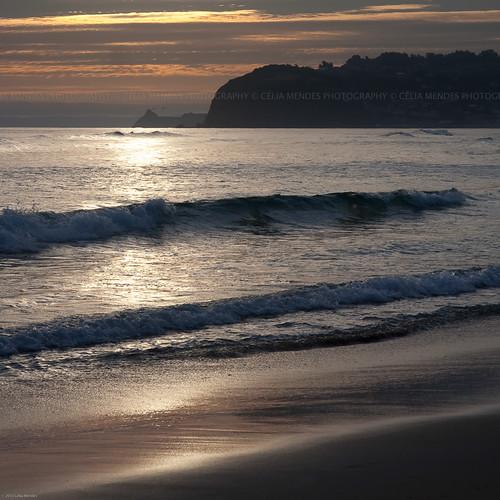 ocean sunset newzealand praia beach reflections mar waves seascapes silhouettes playa pôrdosol olas reflexos siluetas ondas reflejos oceano novazelândia atmosphericperspective puestadelsol nuevazelanda silhuetas paisajemarítimo 2013 perspectivaatmosférica paisagemmarítima