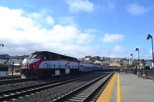 Caltrain F59PHI | by railsnroots
