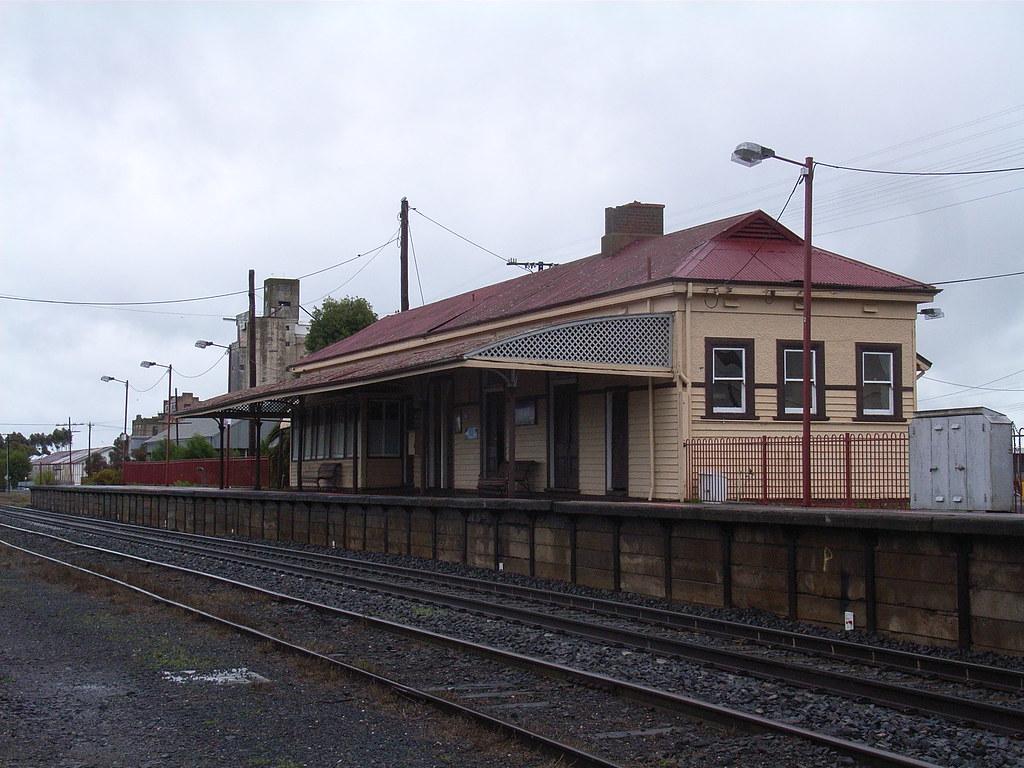 Nhill station by bukk05