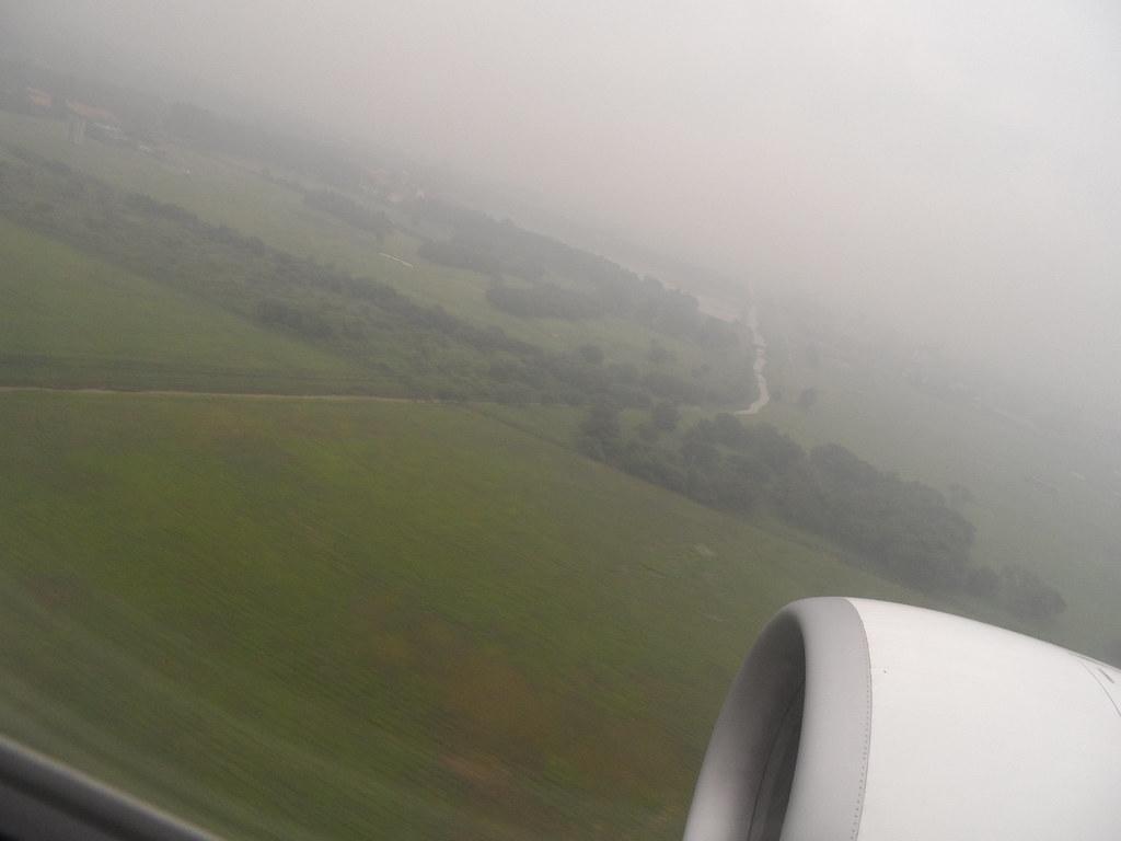 Landing Jakarta1