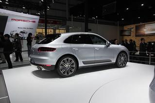 Porsche-SUV-Macan-@-Beijing-Auto-201403