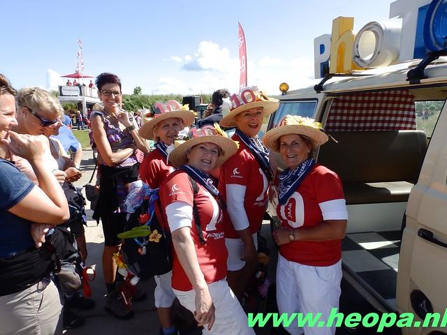 2016-06-16 2e dag Plus Wandel 4 Daagse Almaar 26 Km (79)