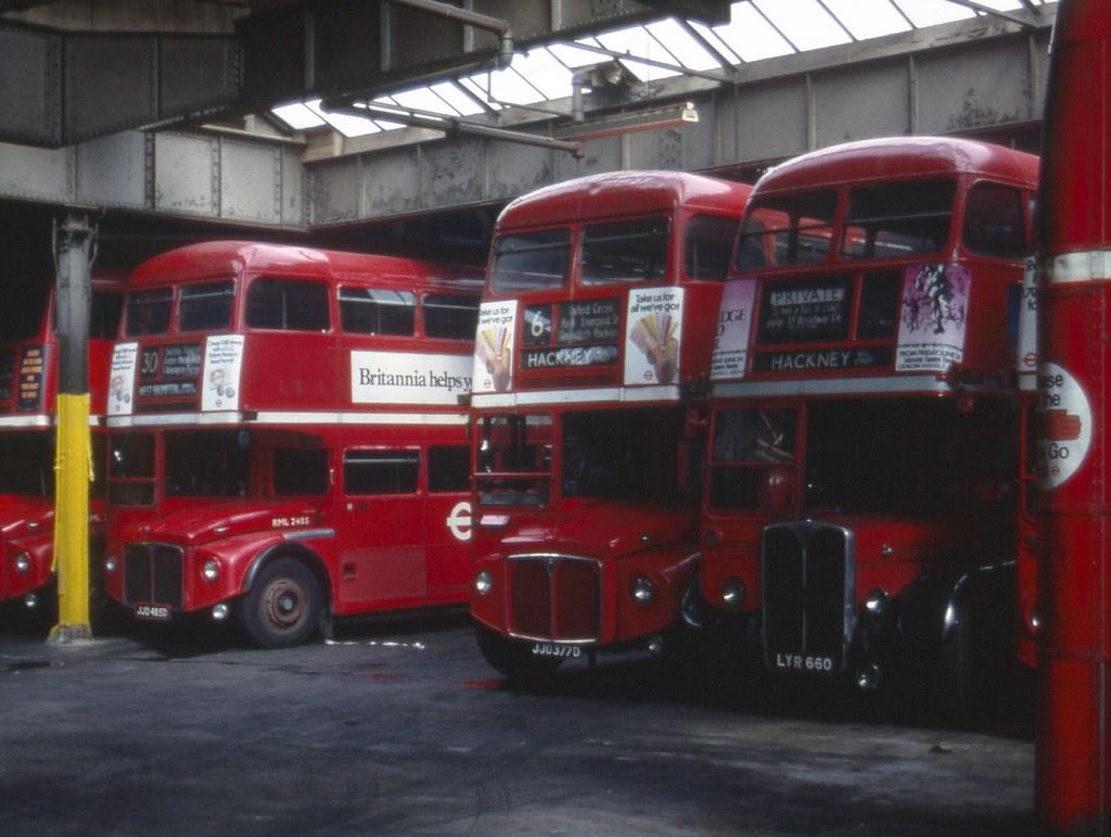 LT Routemasters RML2377 & RML2485 & Regent RT2676