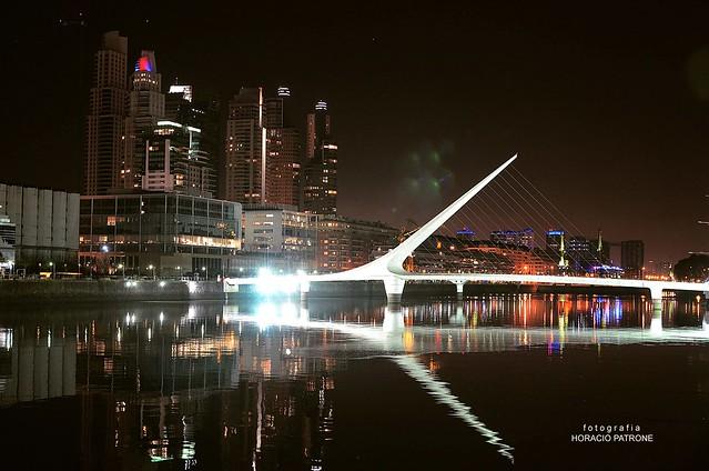 PUERTO MADERO ( puente de la Mujer ) BUENOS AIRES CITY - Argentina -