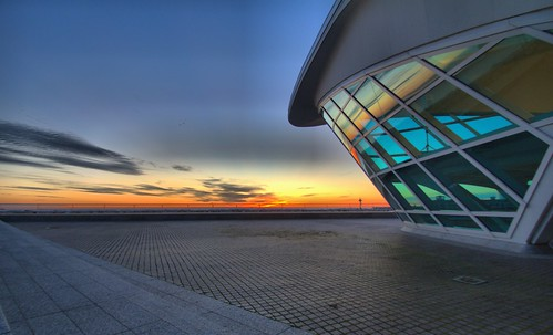 saturday morning sunrise milwaukee art museum mam lake michigan wisconsin sheldn hdr blue sky canon t2i 550d glass window reflection yellow orange tamron 1024 tamron1024 copyrightdanielsheldon danielsheldon sheldnart allrightsreserved wi copyright sheldon danieljsheldon rebel eos 550 license