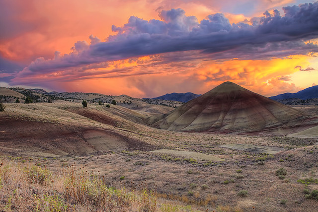 Painted Sky at Painted Hills