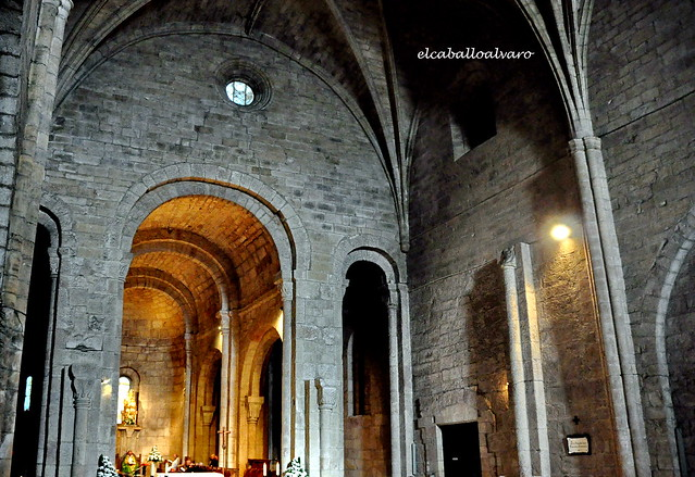 471 - Interior Iglesia - Monasterio San Salvador de Leyre (Navarra) - Spain.