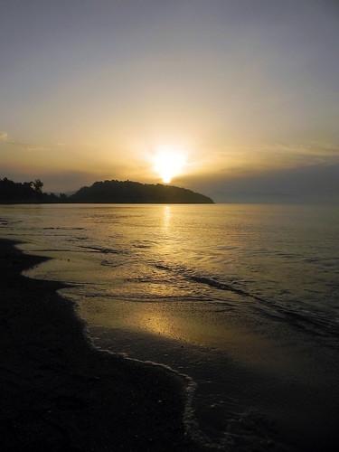 ocean sea beach sunrise dawn sand waves aegean daybreak tolo
