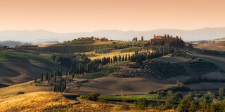 Road to Val d'Orcia - Explore #2 | by tommyscapes