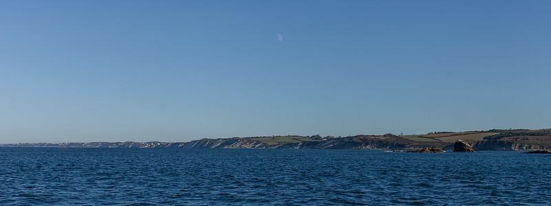 https://www.twin-loc.fr La Côte Basque vue de la mer - Pays Basque Euskadi - Photo Image Photography