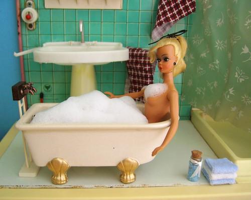 Bild Lilli in the bathtube