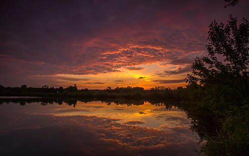 2016 may kevinpovenz westmichigan michigan jenison ottawa ottawacounty ottawacountyparks sunrise early morning dawn sun clouds reflection pond lake sky canon7dmarkii sigma1020 trees shore