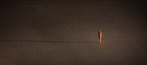 light sunset shadow people beach alone graphic outdoor perspective minimalism conceptual simple emptiness zedith