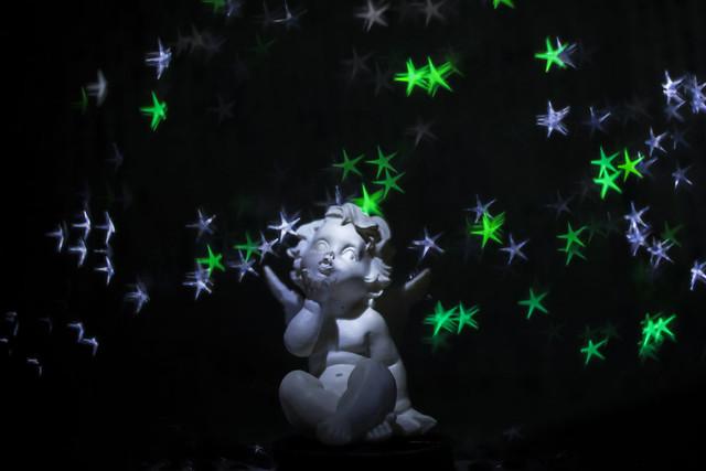 Ange dans les étoiles