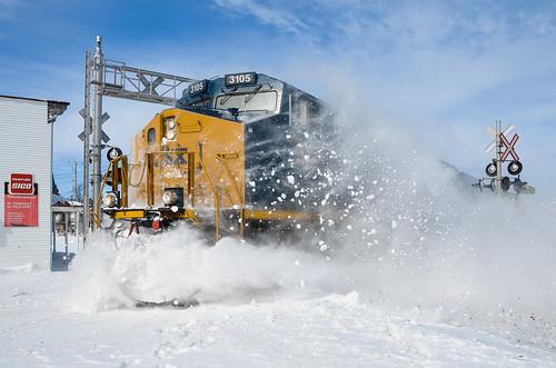 winter snow train quebec ge generalelectric csx freighttrain csxt gevo es44ac saintstanislasdekostka es44ah cn327 csxt3105 csxmontrealsub