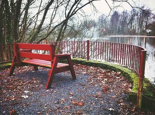 park ireland irish lake fountain fence bench countryside view cork rail hbm banteer iphone4 ilobsterit brooklynfilter banteerpark