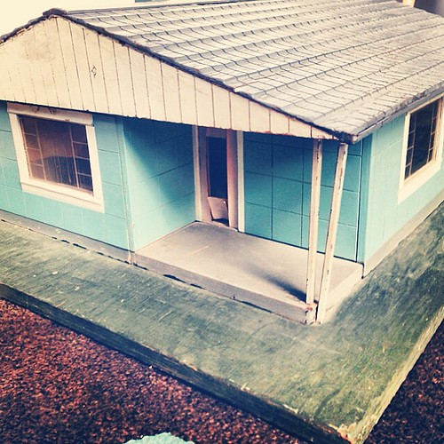 My Original Lustron Homes Sales Model From The 1940's. Loa