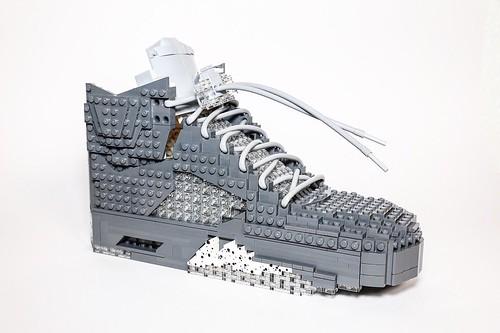 LEGO Nike Air Retro Jordan V - Wolf Gray