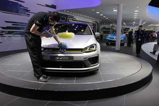 VW-R-400-@-Beijing-Auto-2014-01