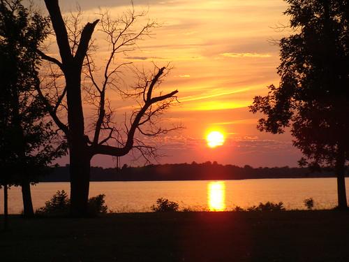 sunset lake wisconsin petenwell