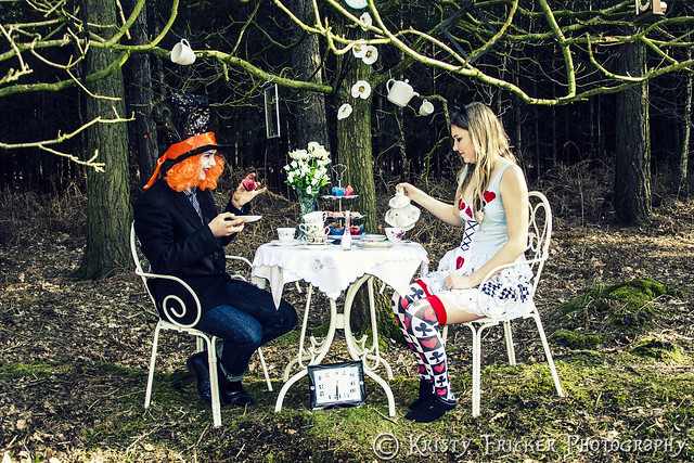 Alice In Wonderland - Mad Tea Party