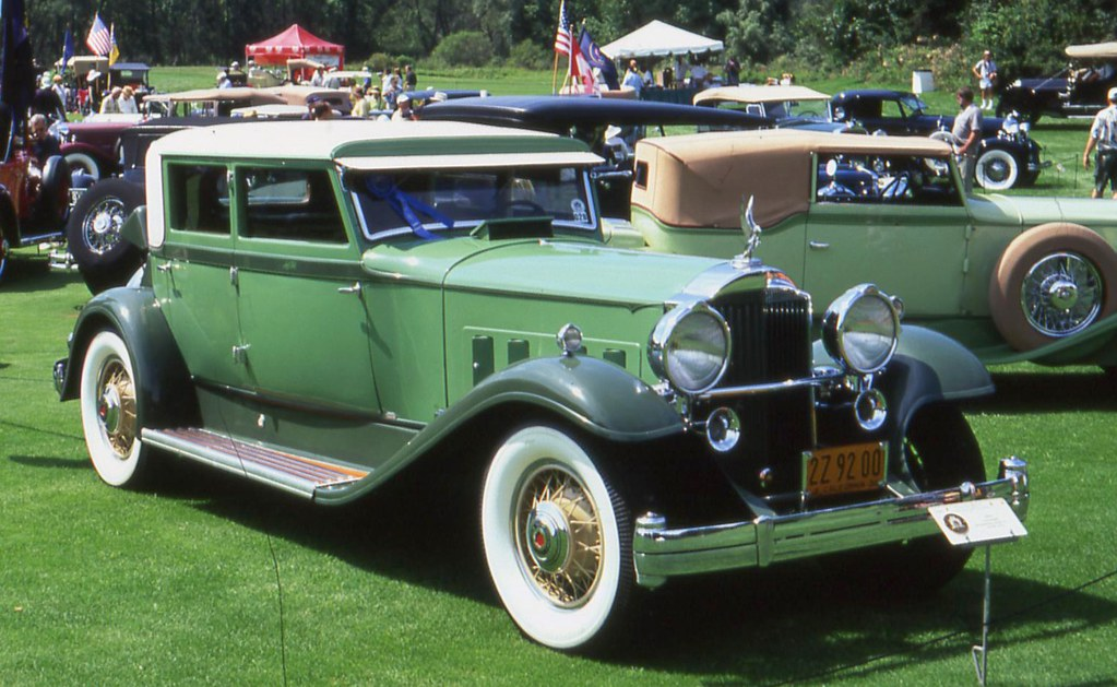 1932 Packard Deluxe Eight Waterhouse Formal Sedan | Richard Spiegelman |  Flickr