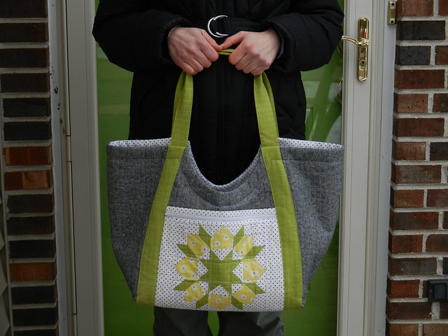 Holding Tote