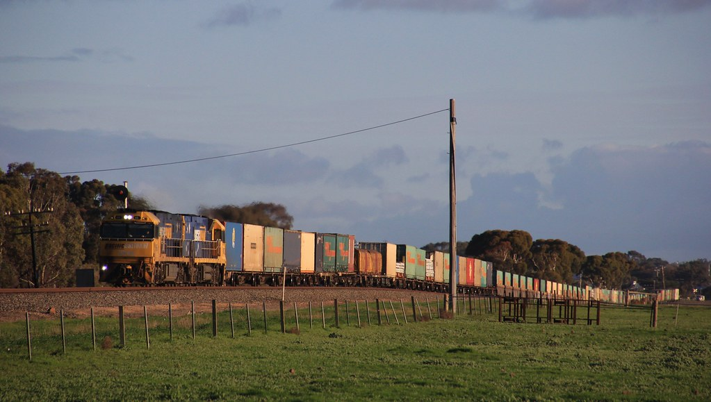 NR66 and NR102 power PM5 out of Horhsam in late Winters light by bukk05