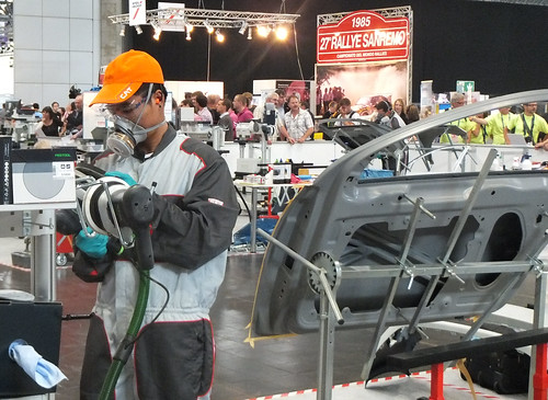 "WorldSkills2013 ""Car Painting"" 