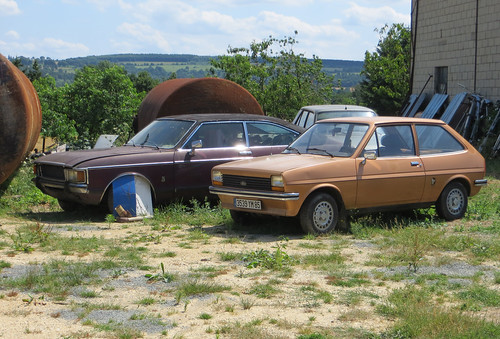 Ford Fiesta and Granada Coupe | by Spottedlaurel