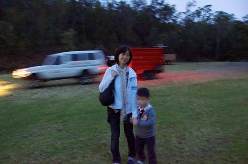 portrait blur cars grass sunrise australia so 晞