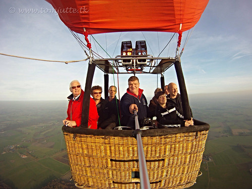 travel sky sun holland nature netherlands dutch tom europe view ride you sony air baloon ballon flight nederland cybershot views a3 lucht ballonvaart ballooning selfie balon webshots varen harfsen wesepe hx9v hereistom wsweekly68
