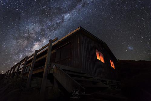 Pouakai Hut | by artjom83
