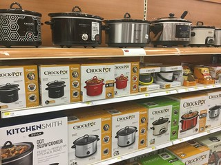 Crock Pot Slow Cookers | by JeepersMedia