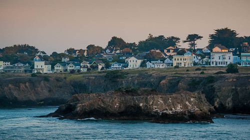 ocean california rock sunrise dawn coast town unitedstates pacific shoreline pacificocean shore mendocino