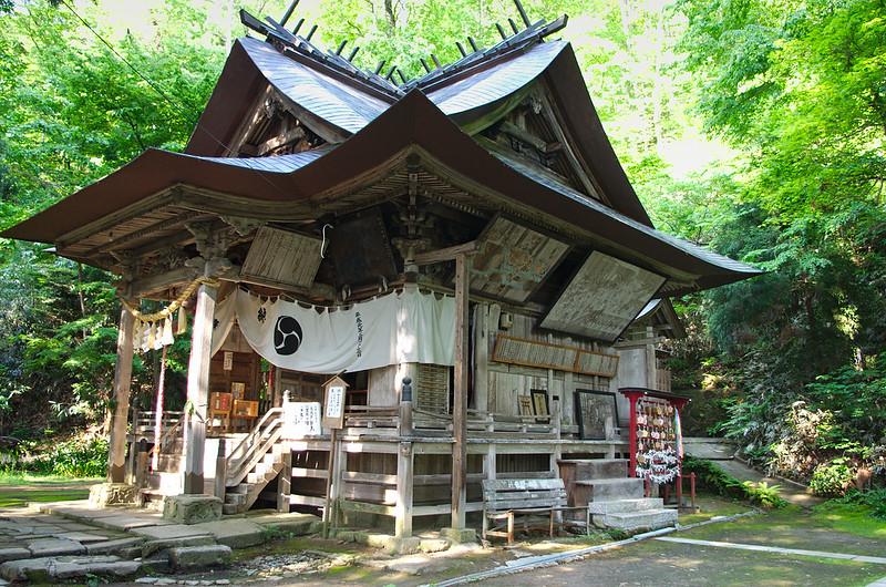 Sanctuaire dans Iimoriyama