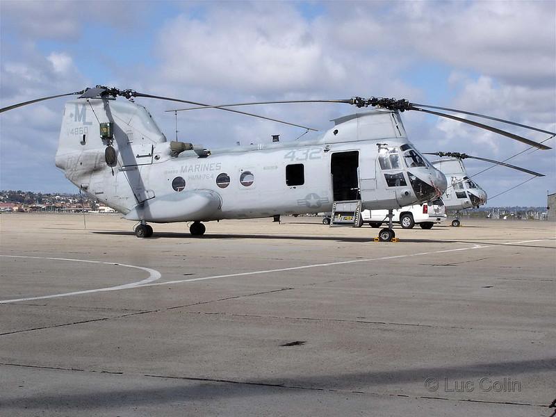 CH-46E (2)
