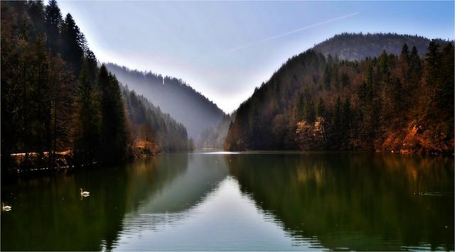 ~~Le Doubs entre la France et la Suisse