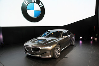 BMW-2014-VISION-FUTURE-LUXURY-22